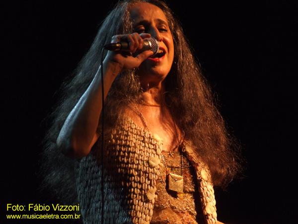 Maria Bethânia (2007) - Foto: Fábio Vizzoni - Blog Música e Lerta